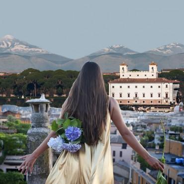 The Flower Hunter of Villa Borghese