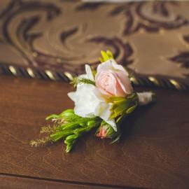 boutonniere flower 4