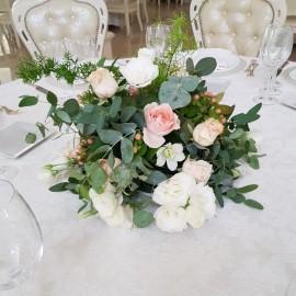 Centrotavola Rose, Bacche e Lisianthus