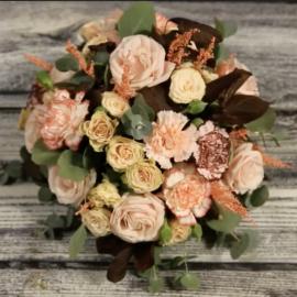 Corso online - Composizione floreale con fiori freschi