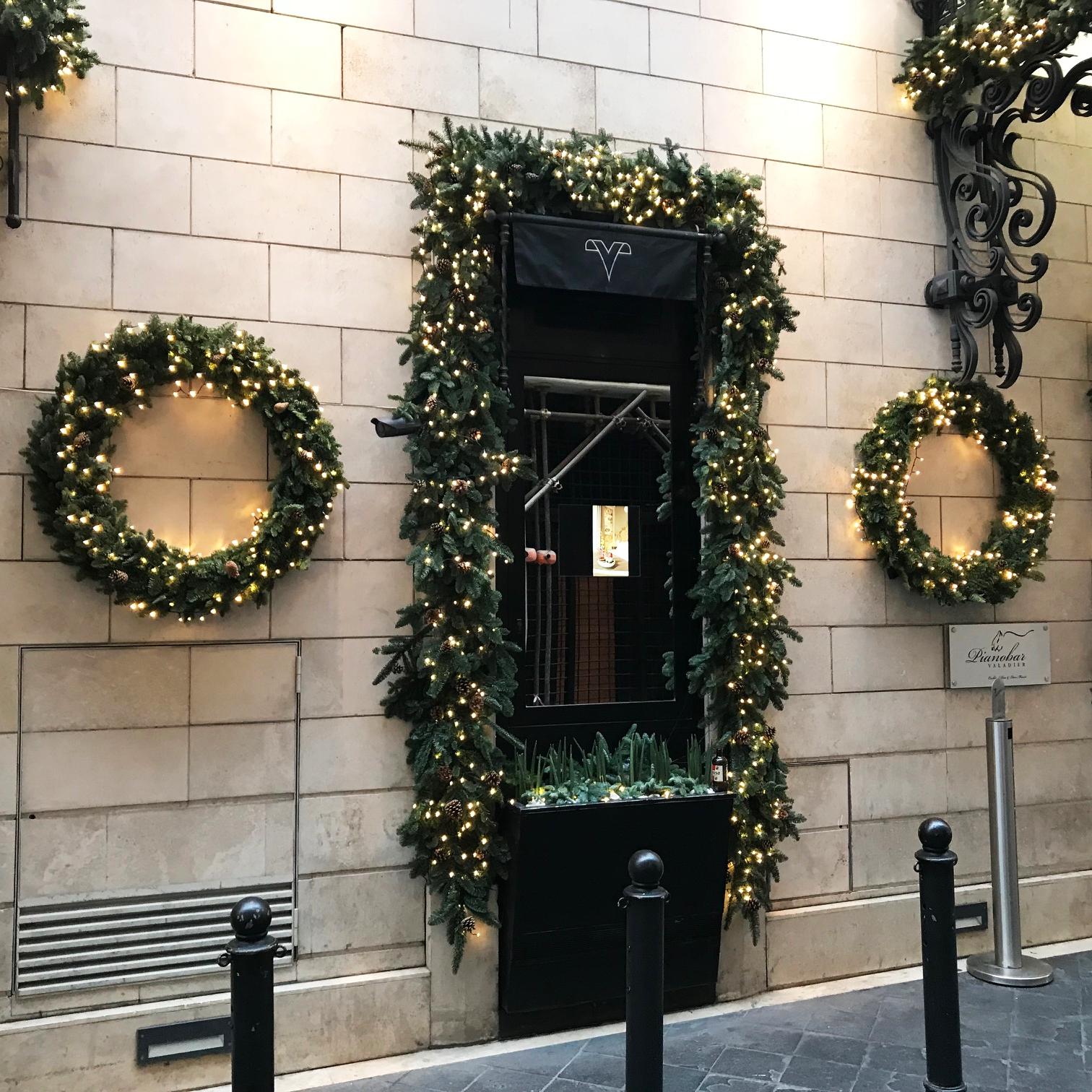 Decorazioni Natalizie Per Vetrine Negozi.Decorazioni Di Natale Per Vetrine E Negozi Vendita Online Flority Fair