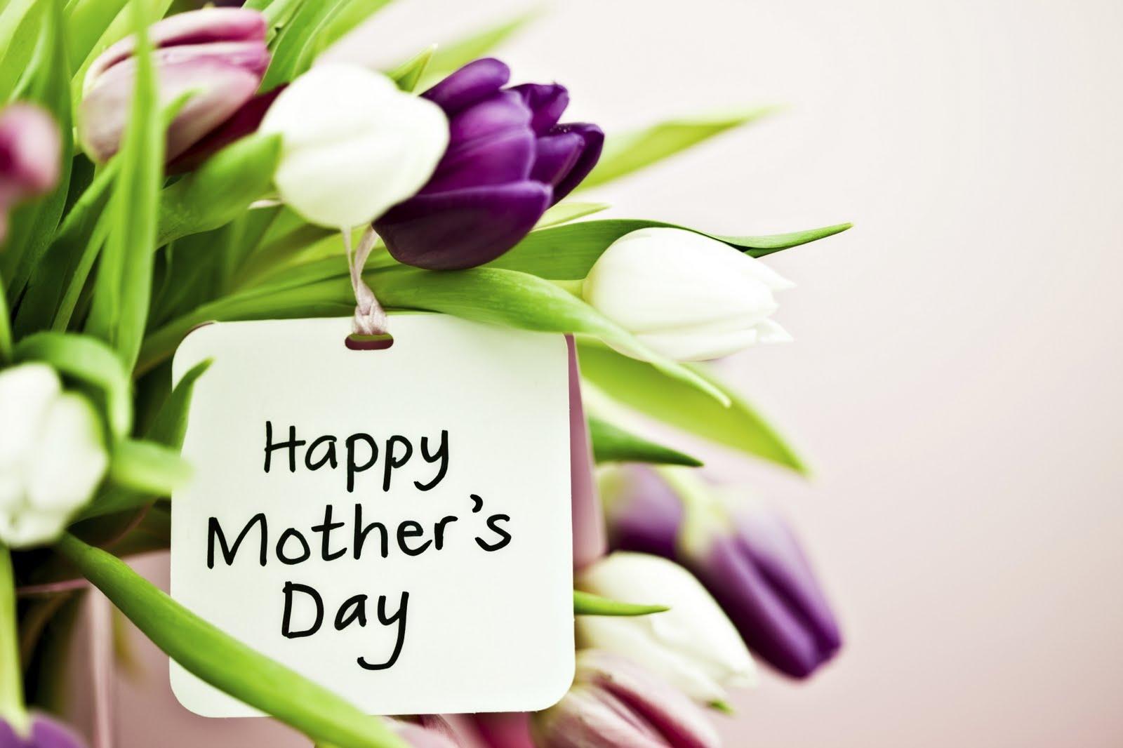 regalare fiori alla mamma